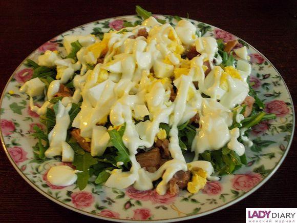 Салат с рукколой и креветками рецепт и калорийность