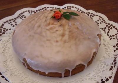 Украшение торта простой глазурью